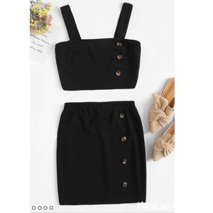 Dresses & Skirts - ✨Button down Top & Skirt Set✨ M&L